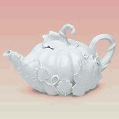 pumpkin teapot, classic white