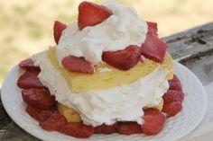 Diabetes friendly, sugar free, gluten free low carb strawberry shortcake