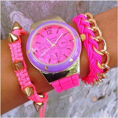 Seems like girls either Love or Hate #PINK! I love it! What about you? ..... www.gogolush.com #Padgram