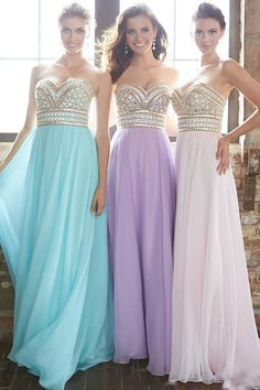 2015 New Arrival Prom Gown A-Line Sweetheart Sweep/Brush Chiffon With Beading&Rhinestone