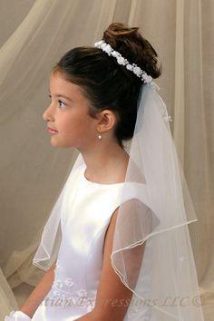 36e02c8880e04a47d41ef9da274ae3b0.jpg (400×600)  Petite bunwrap & Veil * First Communion * Flower Girl