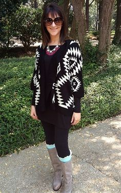 Black tribal aztec cardigan with leggings, mint boot socks, grey boots. Perfect fall outfit #fall #fashion #aztec #tribal