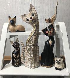 Кошки 6 шт Набор статуэток для любителей кошек. В отличном состоянии. Все из дерева,  Набор из 6 кошек цена 1900!