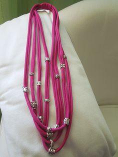 collana da vecchio vestito (senza rosette)