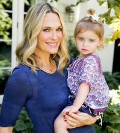Molly Sims shares her journey with freezing embryos, trying IVF twice and ultimately conceiving naturally with each of her pregnancies.