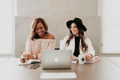 Photography Branding, Photography Business, Photography Women, Lifestyle Photography, Business Pictures, Business Portrait, Shooting Photo, Team Photos, Photoshoot Inspiration