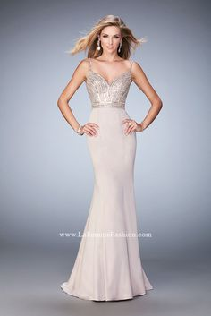 Shop La Femme evening gowns and prom dresses at Simply Dresses. Designer prom gowns, celebrity dresses, graduation and homecoming party dresses. Ivory Prom Dresses, Senior Prom Dresses, Pageant Dresses, White Wedding Dresses, Prom Gowns, Party Dresses, Ball Dresses, Long Dresses, Occasion Dresses