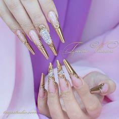 Золотой дизайн ногтей со стразами и вензелями (фото осень 2015) | Golden Nails