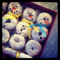 Donut snowmen - cute idea for ROAK gifts during the holidays.