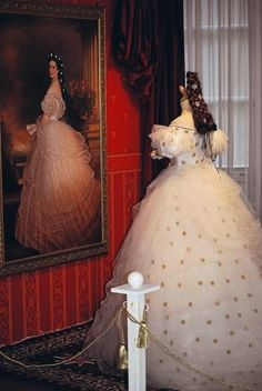 Empress Elisabeth's most famous portrait and Worth gown (pretty certain that it is a reproduction)