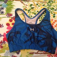 Under Armour Sports Bra - M Barely worn, like new.  Size Medium Under Armour Intimates & Sleepwear Bras