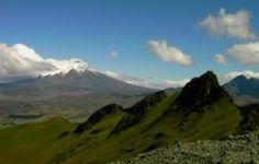 2 Tage Paket Pasochoa & Reiten  Dieses 2 Tage Paket verbindet zwei tolle Aktivitäten in den Anden Ecuadors: Eine Wanderung auf den Vulkan Pasochoa und einen 4 Stunden Ausritt in die schöne Hügellandschaft rund um Machachi, verbunden mit einer Nacht in unserer gemütlichen Hosteria PapaGayo!