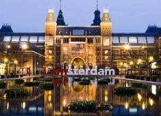 Una ciudadana de Ámsterdam comparte con nosotros sus lugares favoritos y las atracciones de la ciudad. Amsterdam, 35, Mansions, House Styles, City, Beautiful, Instagram, Sidewalk, Places