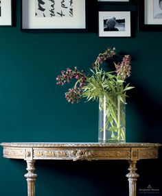A radiant wall painted in Beau Green from our Color Trends 2019 palette, brings storied antiques into the century. Source by benjamin_moore Top Paint Colors, Bedroom Paint Colors, Interior Paint Colors, Teal Paint, Interior Painting, Bathroom Colors, Green Accent Walls, Accent Wall Colors, Green Accents