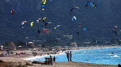 Beach Villa, Greece Islands, Traveling, Summer, Painting, Viajes, Summer Time, Painting Art, Trips