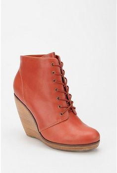 Coral boots? yes, please. Now I just need to get ahold of $60.00
