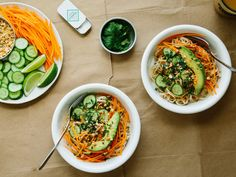 (MEATLESS MONDAYS/VEGAN RECIPES) Meat-Free Monday recipe: deconstructed spring roll bowls. Feel free to use your favorite vegetables and add in tofu or tempeh.