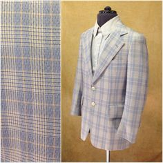 "Textured Blue & White Plaid Sports Coat. This well made sports coat is by Jacob Reed. It is union made with union label intact.  This is a light weight sport coat, made for everyday wear in Spring and occasional wear in summer. This is super on trend right now.   Size: 38 Chest: 41"" Shoulders: 16.5"" Waist: 18"" Length: 28"" Sleeve: 23""  If you have any questions or need different measurements, feel free to message us."