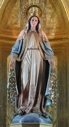 Mary Jesus Mother, Blessed Mother Mary, Mary And Jesus, Blessed Virgin Mary, Virgin Mary Statue, Our Lady, Catholic, Christ, Aurora Sleeping Beauty