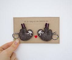 Geschenkidee:Schlüsselanhänger mit Faultier / gift idea: sloth key ring made by catmade via DaWanda.com