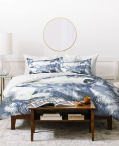 Loving this Little Arrow Design Co. Shibori Duvet Cover on Tie Dye Bedding, Duvet Bedding, Linen Bedding, Bed Linens, King Comforter, Duvet Sets, Duvet Cover Sets, Cama Tie Dye, Blue Duvet