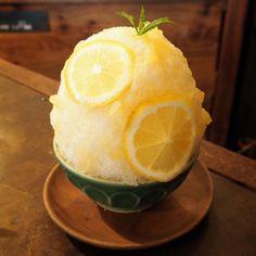 Ice Cream Desserts, Cute Desserts, Dessert Recipes, Bingsu, Dessert Packaging, Summer Drinks, Food Inspiration, Food And Drink, Sweets