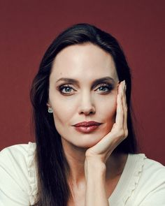 Rumors About Angelina Jolie Adopting Again Angelina Jolie Makeup, Power Of Makeup, Celebrity Faces, Child Actors, Celebs, Celebrities, Brad Pitt, Ny Times, Strong Women