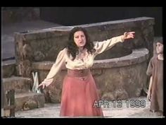 """The """"Ballatella"""" from Pagliacci - Cristina Fontanelli, Nedda (+playlist)"""