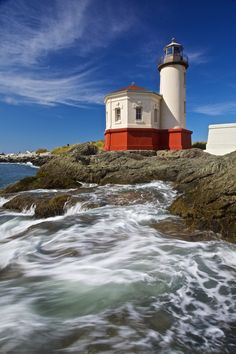 The Coquille River Lighthouse sits in the river jetty at Bandon, Oregon, 2011. Photo by Mason Marsh.
