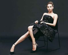 Jennifer Lawrence Looks Au Natural In New Photo Shoot