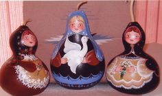 GOURD un-nesting dolls, by Lola Stude