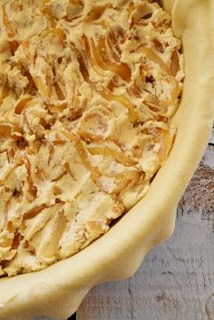 Καλασούνα είναι η πίτα στην Φολεγρανδρίτικη διάλεκτο από τις ωραιότερες πίτες, Κρεμμυδένια ή Καλασούνα Φολεγάνδρου λοιπόν!