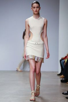 Allude Ready To Wear Spring Summer 2015 Paris - NOWFASHION