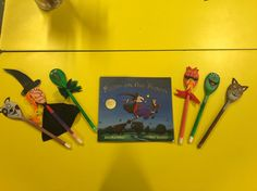 Room on the broom story spoons Room On The Broom, Spoons, Dolls, Life, Baby Dolls, Doll, Spoon, Puppets