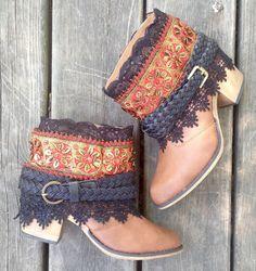 Het formaat van 7-8 rood en goud Bohemian Fashion door TheGypsySoles