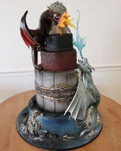 Who needs this Game of Thrones cake? Who needs this Game of Thrones cake? Game Of Thrones Torte, Game Of Thrones Birthday Cake, Funko Game Of Thrones, Game Of Thrones Facts, Game Of Thrones Dragons, Game Of Thrones Funny, Game Of Thrones Food, Game Of Thrones Decor, Game Of Throne Lustig