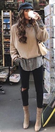 winter outfits for going out * winter outfits ; winter outfits for work ; winter outfits for school ; winter outfits for going out ; Winter Layering Outfits, Winter Outfits 2019, Trendy Fall Outfits, Winter Outfits Women, Casual Winter Outfits, Winter Fashion Outfits, Look Fashion, Winter Clothes Women, Vintage Winter Fashion