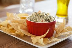 This is not the dip that we do most often, yet it's so … - Recipes Easy & Healthy Easy Healthy Recipes, Vegetarian Recipes, Easy Meals, Nacho Cheese Sauce, Crudite, Marinade Sauce, Spinach Dip, Copycat Recipes, Finger Foods