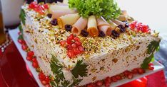 Savory Torte, Αλμυρή Τούρτα, Τούρτα με Ζαμπόν & Τυρί, Αλμυρή Εορταστική Τούρτα Girl Party Foods, Tee Sandwiches, Torte Recipe, Savory Crepes, Salty Foods, Sandwich Cake, Kitchen Stories, Quiche Recipes, Salad Bar