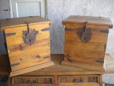 Solid Wood table w/ 2 end tables $325 - Granada Hills http://furnishly.com/solid-wood-table-w-2-end-tables.html