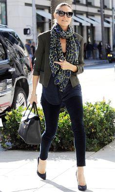 Olive skinny jeans, black shirt, leopard scarf and black heels