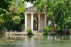 Tempio di Esculapio, giardini della villa Borghese
