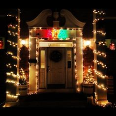 Alpha Gam at Ohio is ready for the Christmas season  Why don't we at delta chapter get to decorate our house this pretty?!