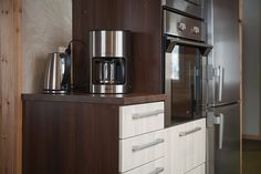 Tasojen ja laitteiden sijoittelu keittiössä suunnitellaan juuri Sinulle sopiviksi. www.toivekeittiot.fi