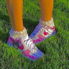 Aesthetic Shoes, Aesthetic Indie, Aesthetic Fashion, Aesthetic Clothes, Estilo Indie, Indie Outfits, Cute Outfits, Cute Shoes, Me Too Shoes