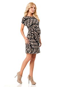 why are maternity clothes so expensive..*sigh