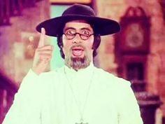 Amitabh Bachchan shares a special memory from the set of Amar Akbar Anthony   filmfare.com