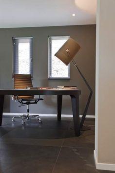 Moderne werkplek. inrichting: @linteloo @vitra  #Diesel by @foscarinilamps