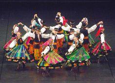 60 lat zespołu Mazowsze Folklore, Folk Costume, Costumes, Polish Folk Art, Folk Fashion, Lets Dance, Polish Girls, Traditional Outfits, Culture