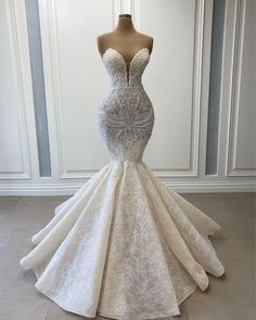 Fancy Wedding Dresses, Prom Girl Dresses, Mermaid Dresses, Wedding Dress Styles, Bridal Dresses, Stunning Wedding Dresses, Shoes For Wedding, Couture Wedding Dresses, Mermaid Wedding Gowns